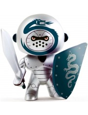 ARTY TOYS IRON KNIGHT